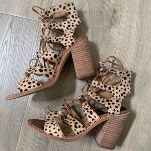 Dolce Vita Leopard Lace Up Block Heel Sandal GUC